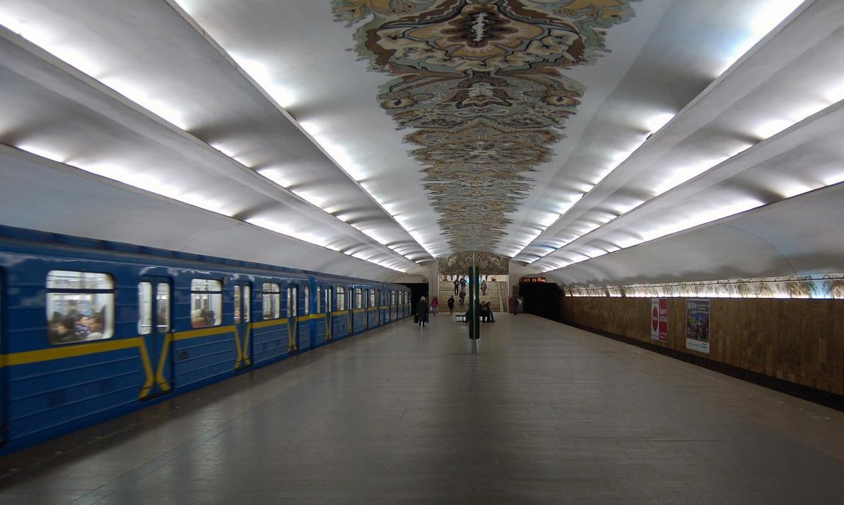 СтроительствоТЦ на«Героев Днепра» остановлено - Кличко