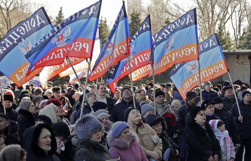 Один украинский военный умер, двое ранены— АТО