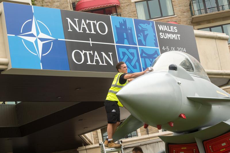 Чем жертвует Россия ради гонки вооружений с НАТО