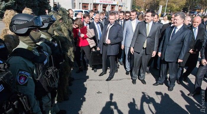 СБУ задержала на взятке двух спецназовцев одесской полиции - Цензор.НЕТ 4755