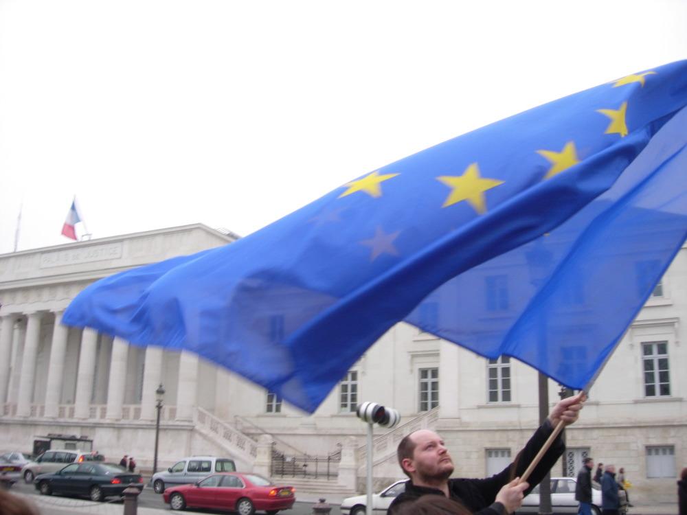 ЕСоблегчит процедуру приостановки безвизового режима