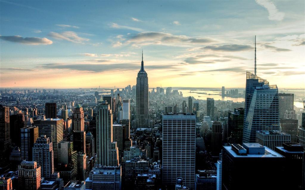 Мэр Нью-Йорка позволил ввести вдокументы третий пол