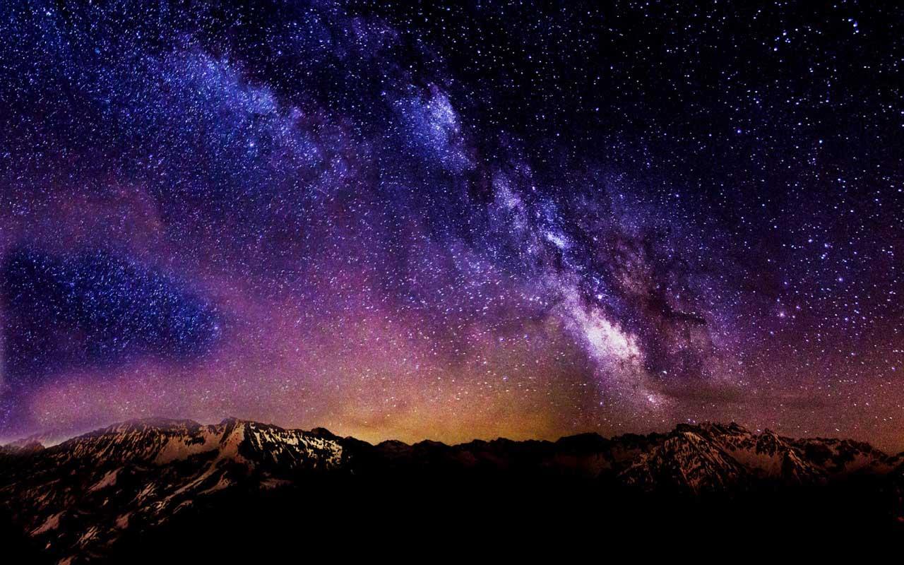09:19 На звездном небе появилась планета Полтергейст