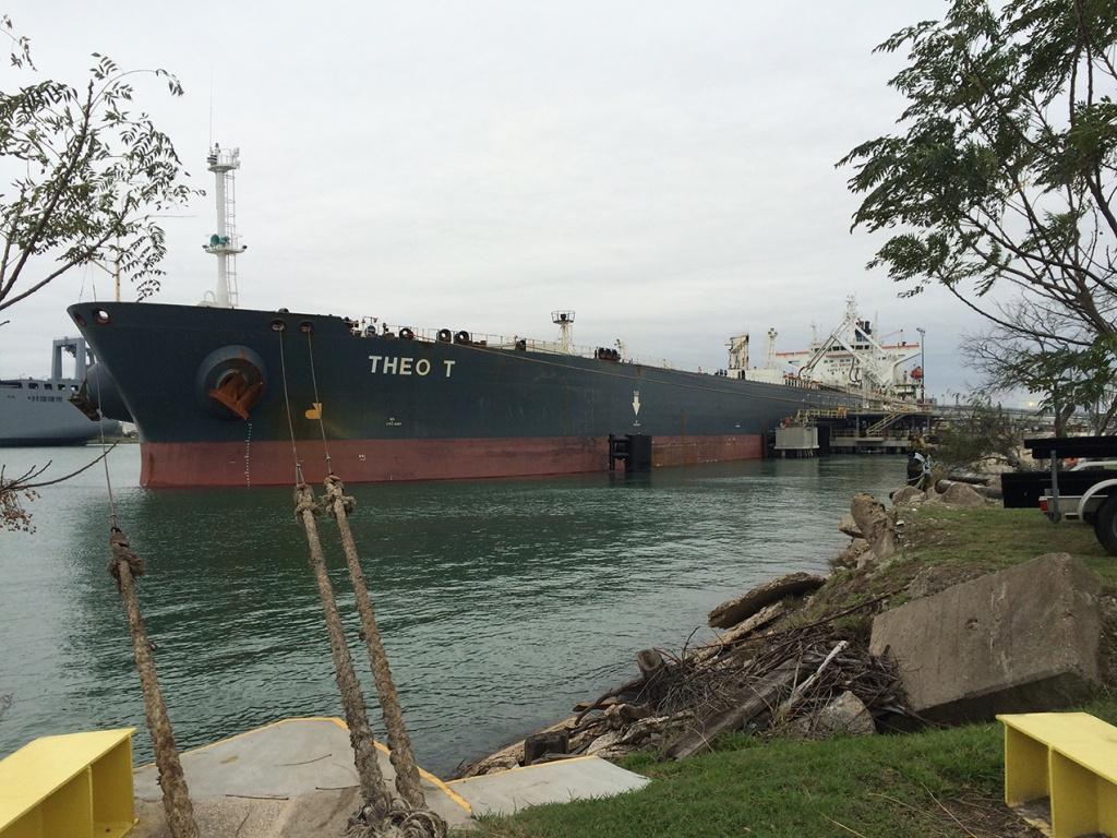 08:35 Первый танкер с нефтью прибыл в Европу из США