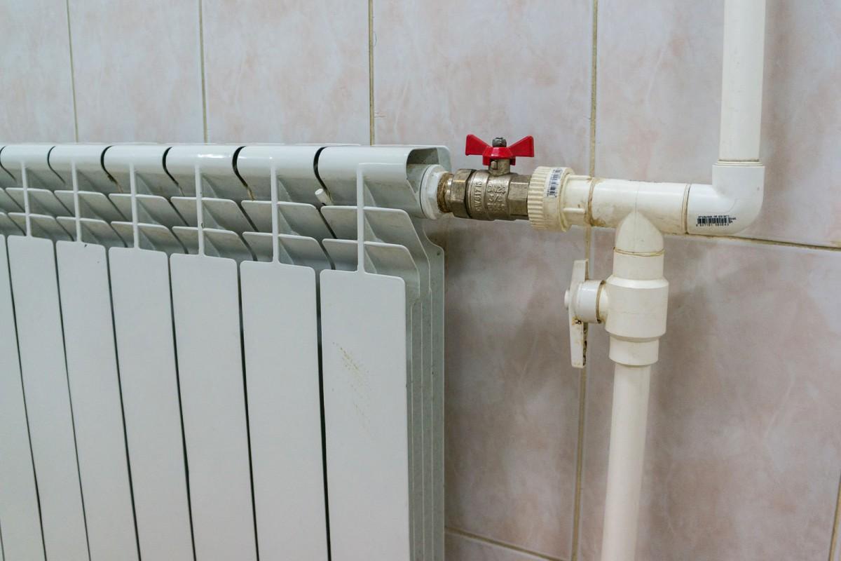 КГГА предлагает уровнять стоимость тепла вдомах без счетчиков исосчетчиками
