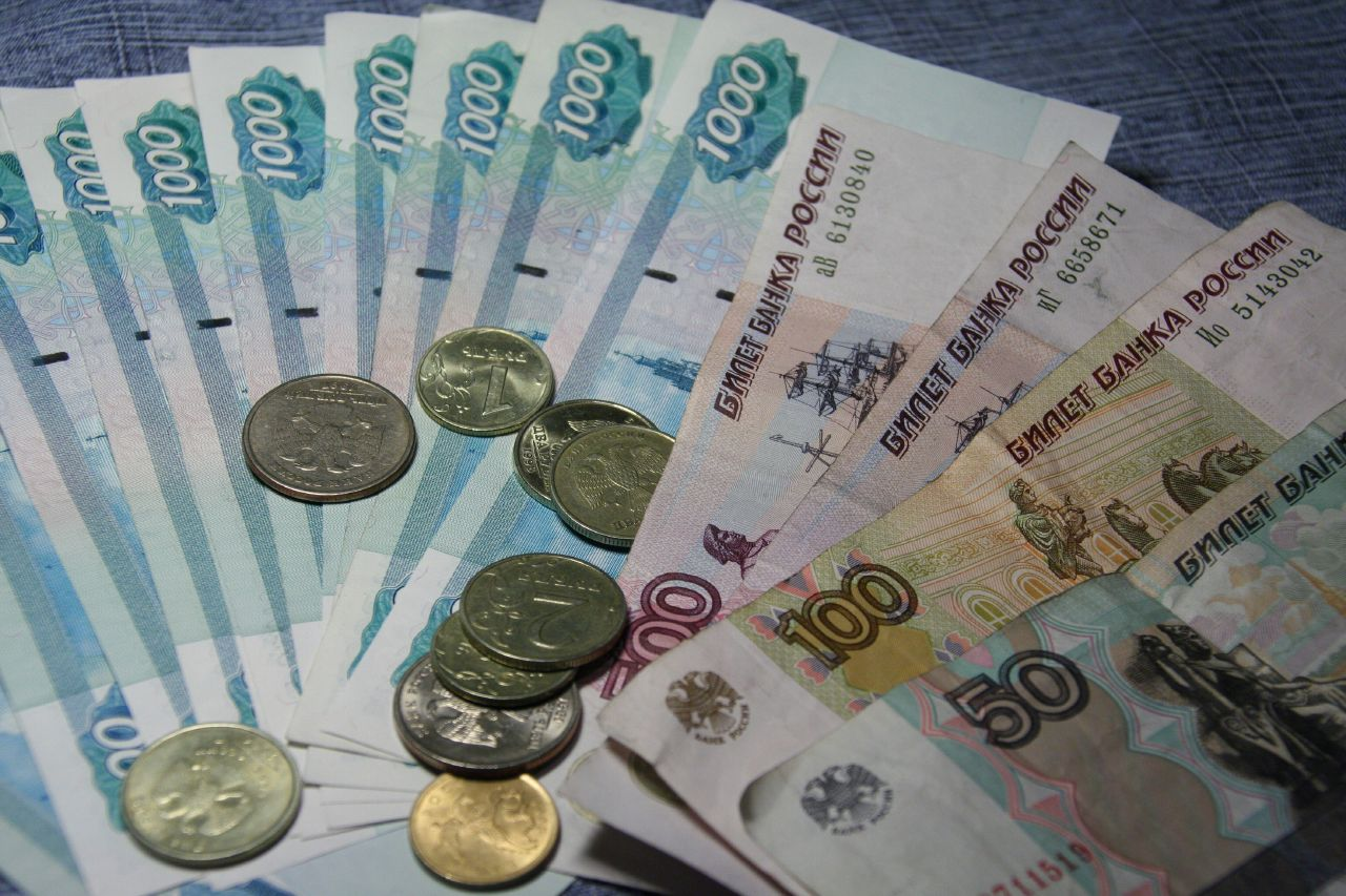 Хакеры обвалили рубль