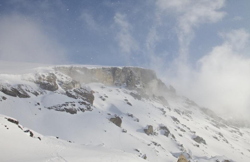18:11 СМИ Туристы нашедшие труп у перевала Дятлова исчезли