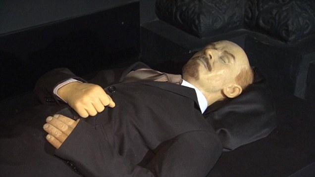 Путин считает, что перезахоронение Ленина сплотит граждан России
