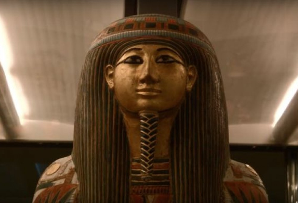 Накрышке древнеегипетского гроба отыскали отпечатки пальцев тысячелетней давности