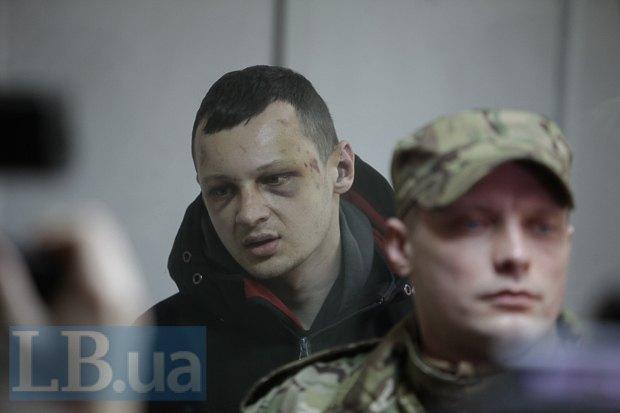 Суд оставил Краснова под арестом