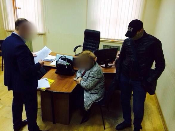 Ректора украинского университета задержали завзятку для Минобразования