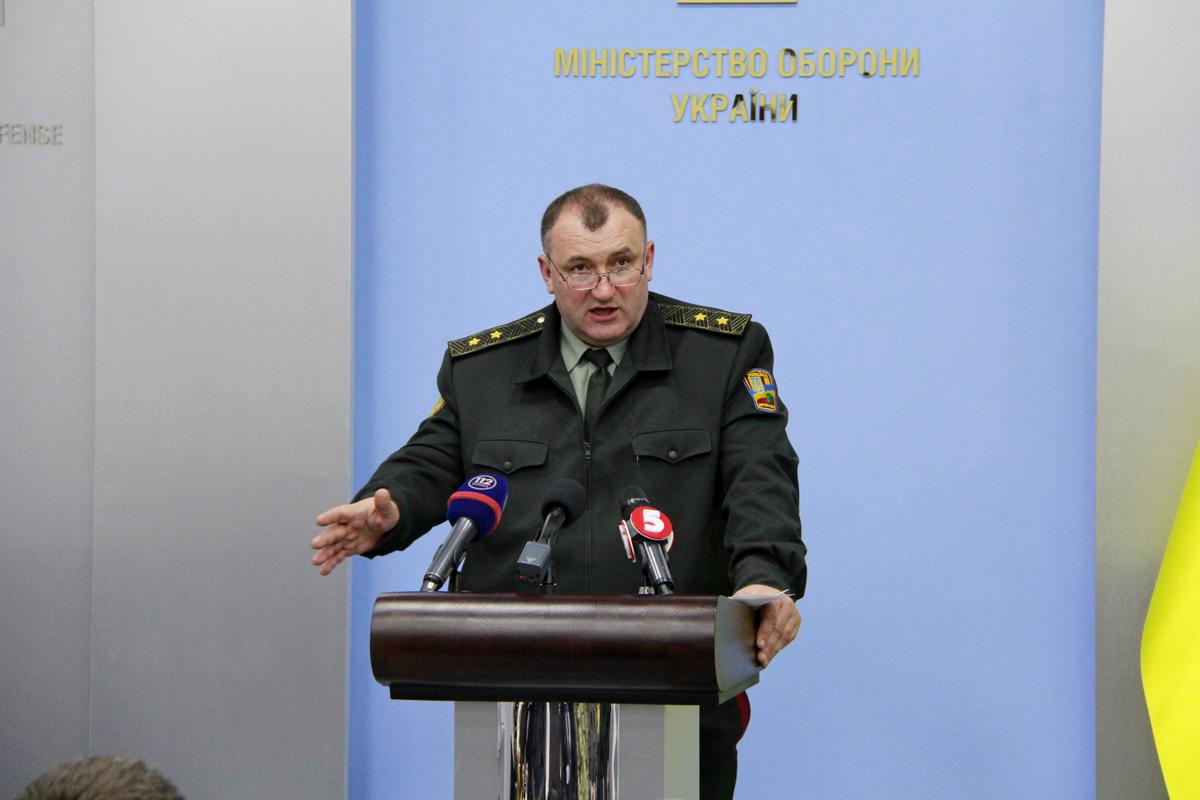 Полторак анонсировал закупки новых БТР-4Е для ВСУ