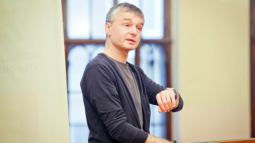 Петербургский ученик признался вубийстве репортера Дмитрия Циликина