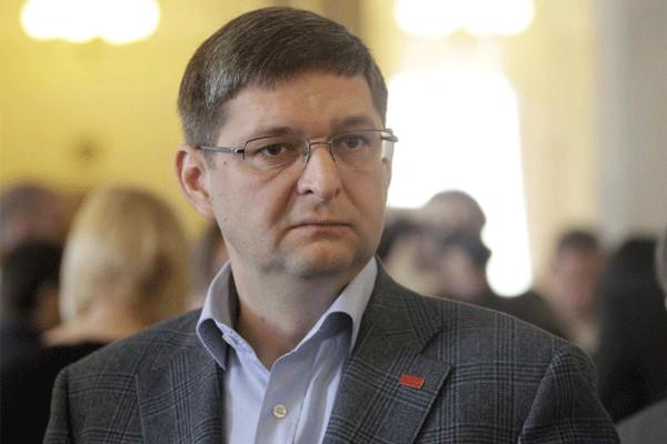 Порошенко назначил еще одного своего представителя вКабмине