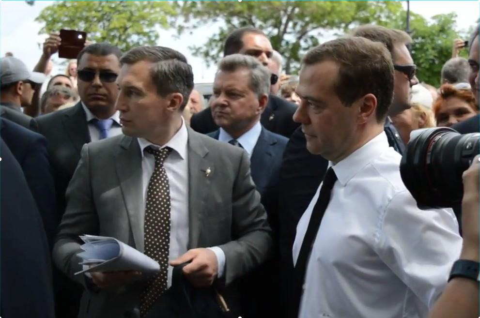 Д. Медведев: наиндексацию пенсий пока нет денежных средств
