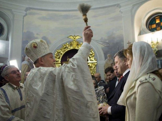 Социологические опросы показывают, что все большее количество православных граждан Украины хотят иметь единую поместную автокефальную Церковь, - Порошенко - Цензор.НЕТ 6875