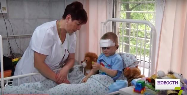 Родственники безумно избитого вОдессе ребенка отыскались вЗапорожье