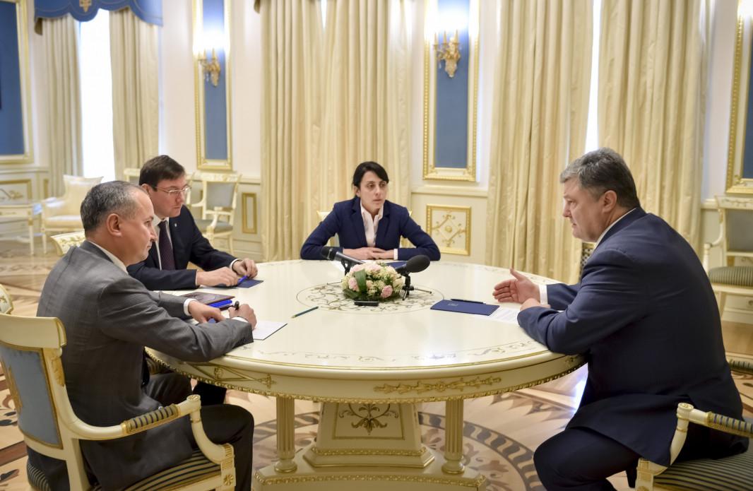 Луценко предложил неотменять массовые акции вКиеве, ужесточив меры безопасности
