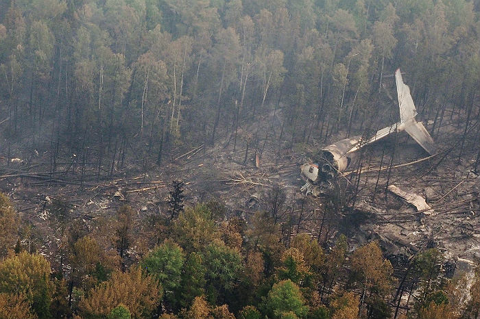 МЧС: Самолёт Ил-76 практически навсе 100% сгорел