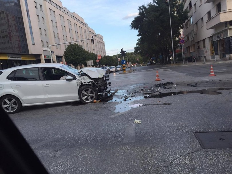 Украинский нападающий конкурента «Маккаби» всостоянии алкогольного опьянения врезался вавтобус
