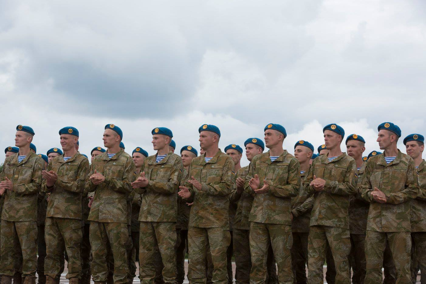 Высокомобильные десантные войска станут Десантно-штурмовыми