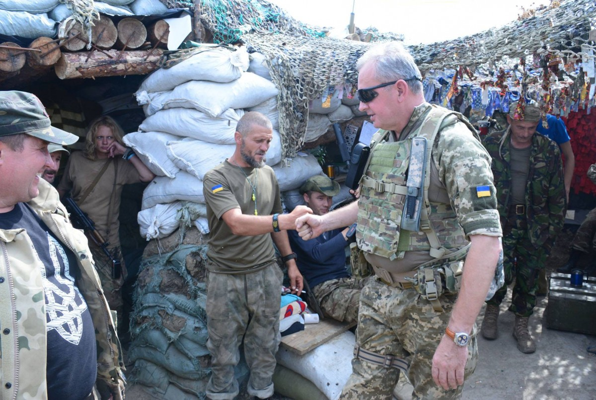 Муженко поведал оситуации налинии фронта— Боевики наглеют