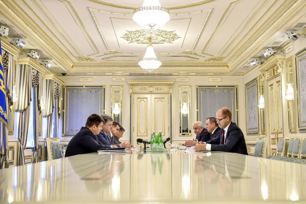 Беларусь признательна Порошенко засодействие ввосстановлении разговора сЕС