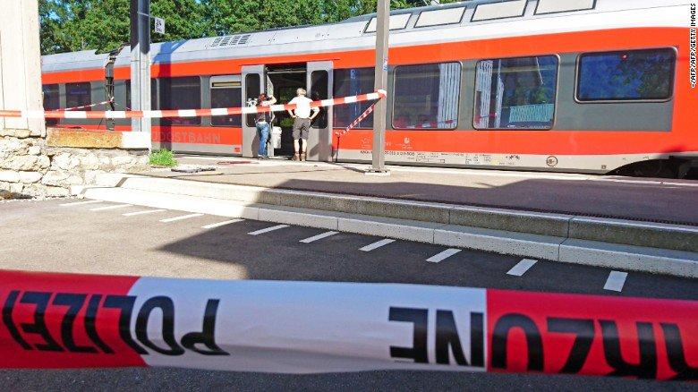 Теракт вШвейцарии: подозреваемый от приобретенных травм скончался