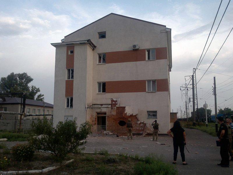 Железнодорожного движения около Авдеевки приостановлено из-за обстрелов станции