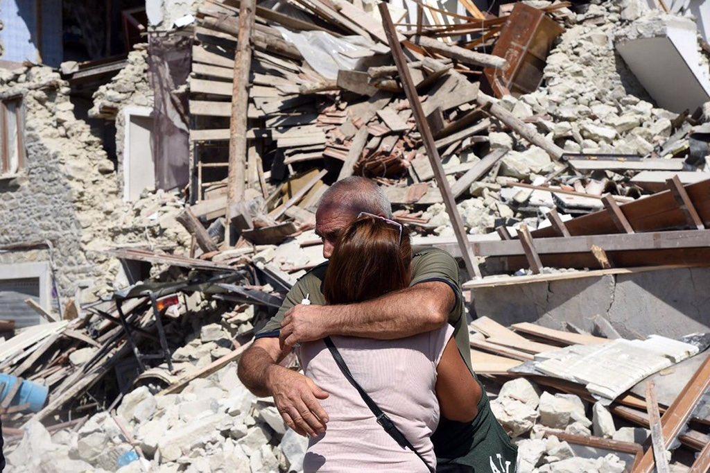Число погибших землетрясения вИталии возросло до 63 человек