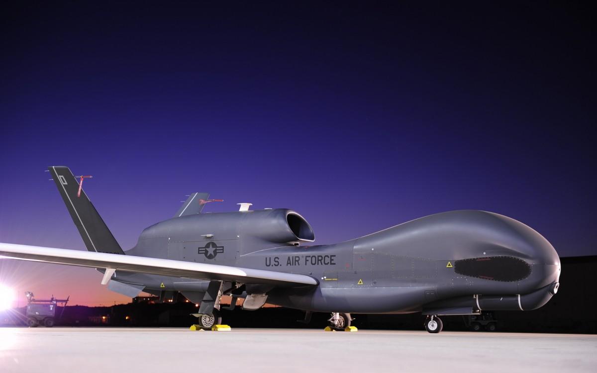 Картинки по запросу беспилотником ВВС США «Global Hawk»
