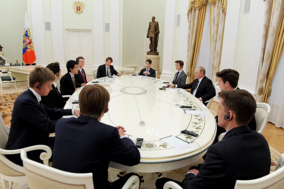 Британский посол отказался ехать в МИД России Политика