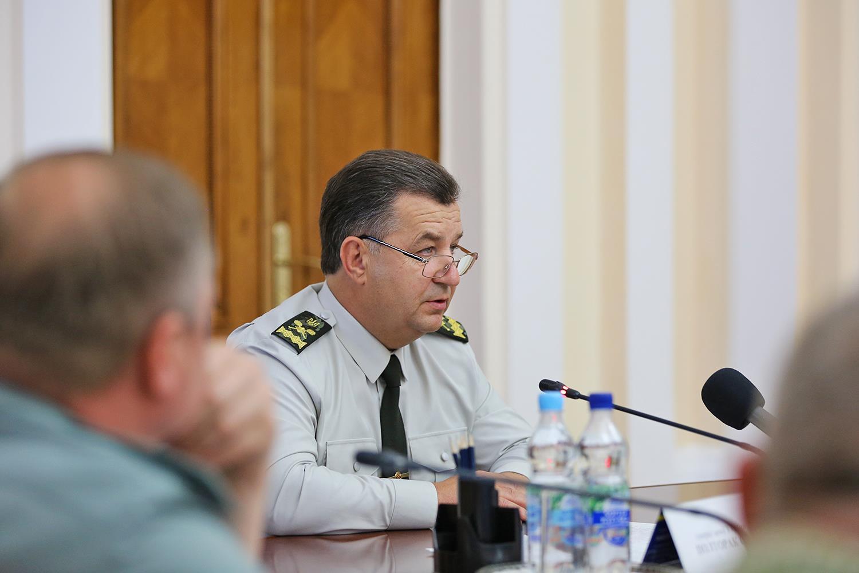 Полторак: Учение ВСУ несвязаны спланами НАТО вЧерном море