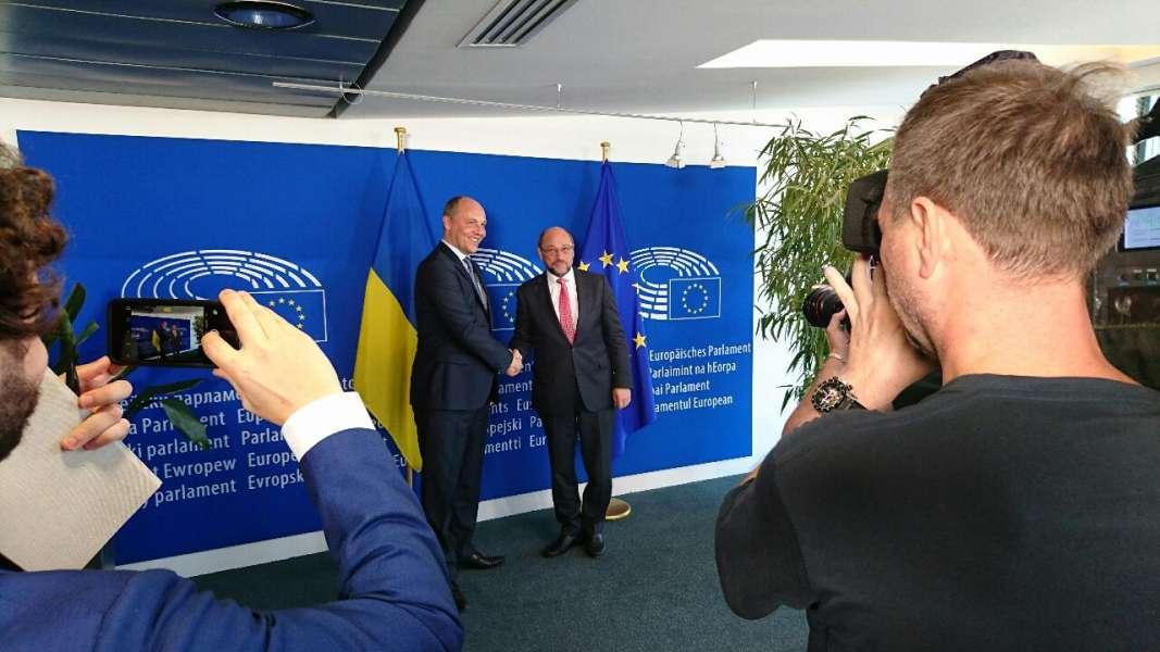 Вопрос безвизового режима для государства Украины находится наэтапе заключительного решения,— Хан