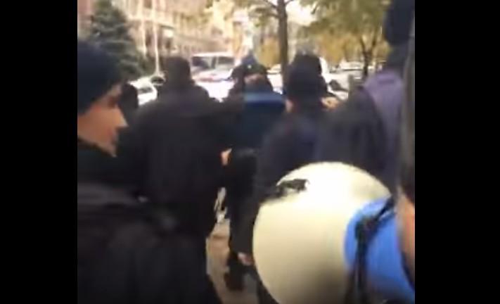 ВКиеве милиция задержала Геннадия Балашова
