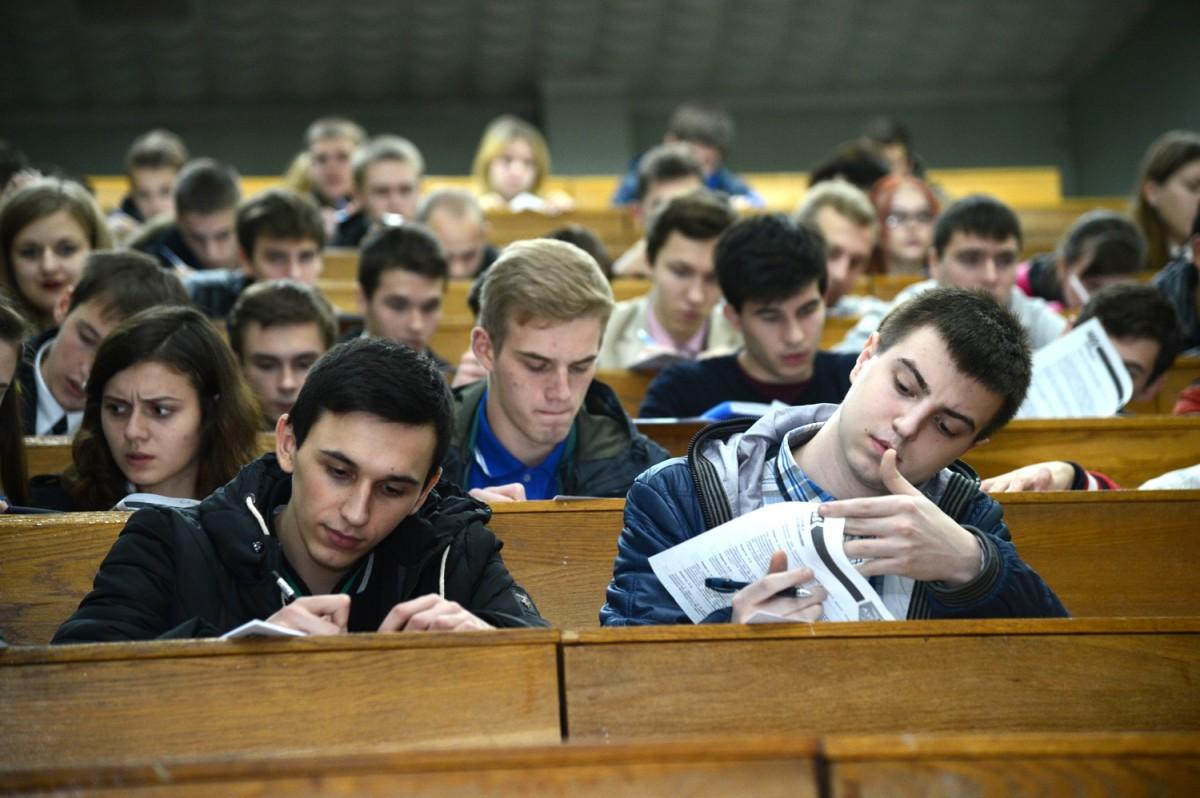 В2016-м году стипендии получат не неменее половины студентов