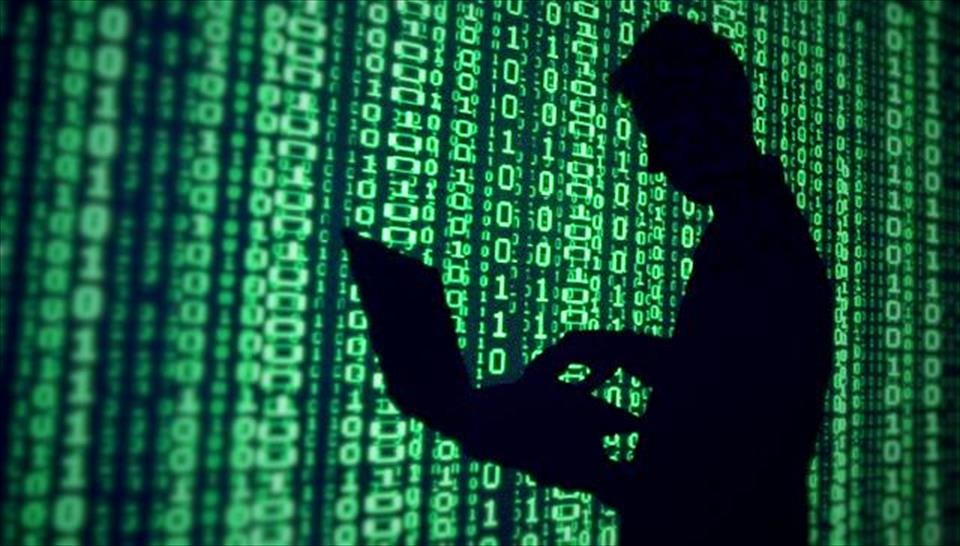 Госспецсвязь сообщила омасштабной кибератаке, СБУ проверяет, киберполиция— опровергает