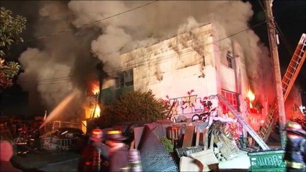Впроцессе пожара навечеринке вКалифорнии погибли покрайней мере 9 человек
