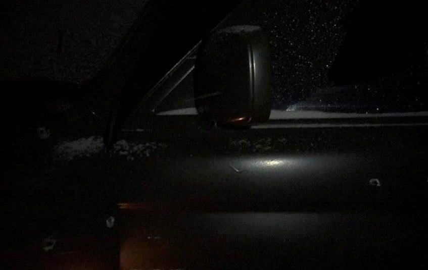 Подороге вДнепр обстреляли авто одного изкомандиров «Азова»