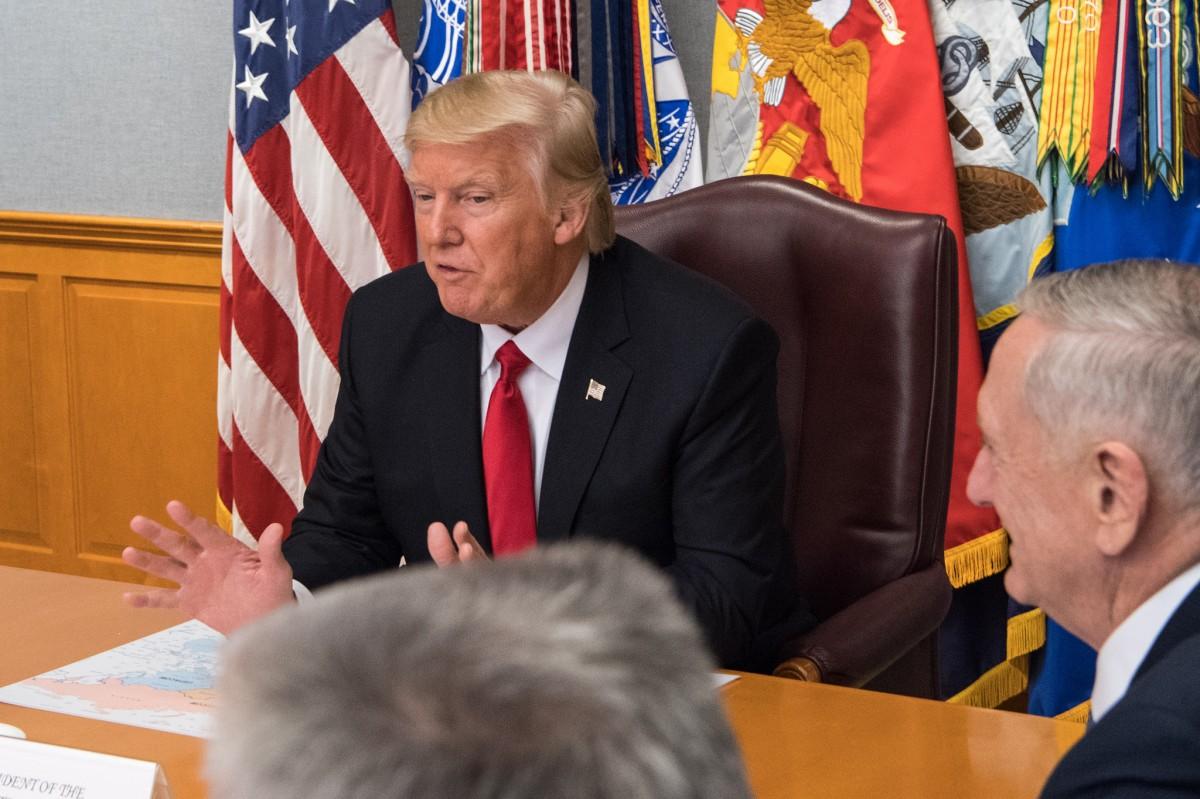 Юмористическое шоу выкупило рекламу на любимых каналах Трампа и будет рассказывать ему о Женевских конвенциях