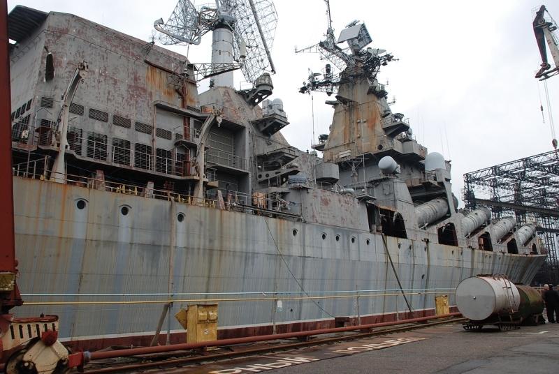 Продадут за долги: Крейсер «Украина» демилитаризуют