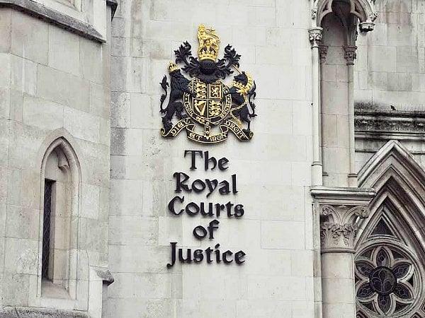 Тяжба «ПриватБанка»: Суд Лондона арестовал активы Коломойского