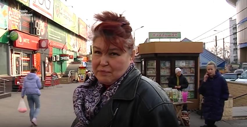Они просто себе вены обрезают: Жители Донецка о транспортной блокаде