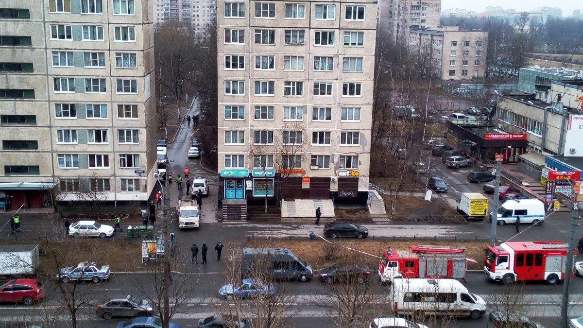 В Петербурге в жилом доме обезврежена бомба