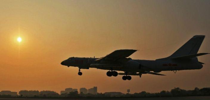 Китай готовится к «сюрпризам» КНДР – бомбардировщики приведены в полную боевую готовность
