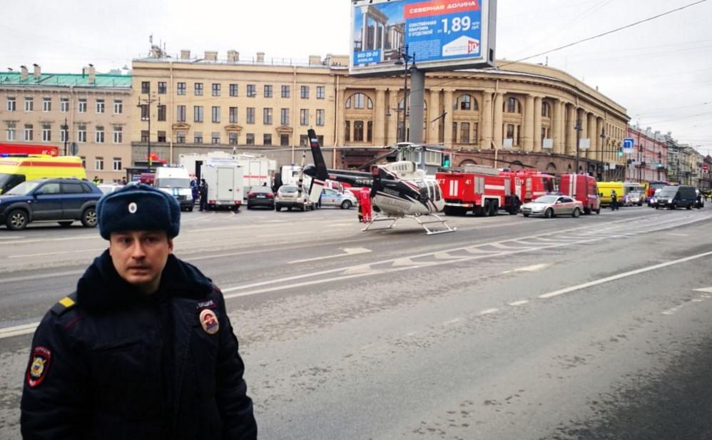 У власти в России 17 лет находятся спецслужбы. Как вы могли прошляпить?!