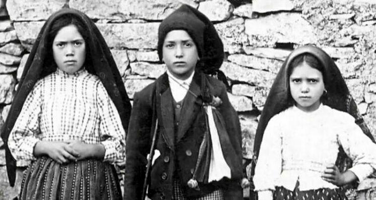 Ватикан рассекретил третье пророчество, которое рассказала Матерь Божья детям век назад
