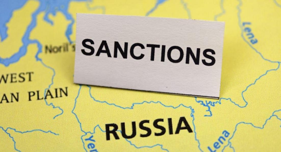 Трамп трампом, а санкции по расписанию