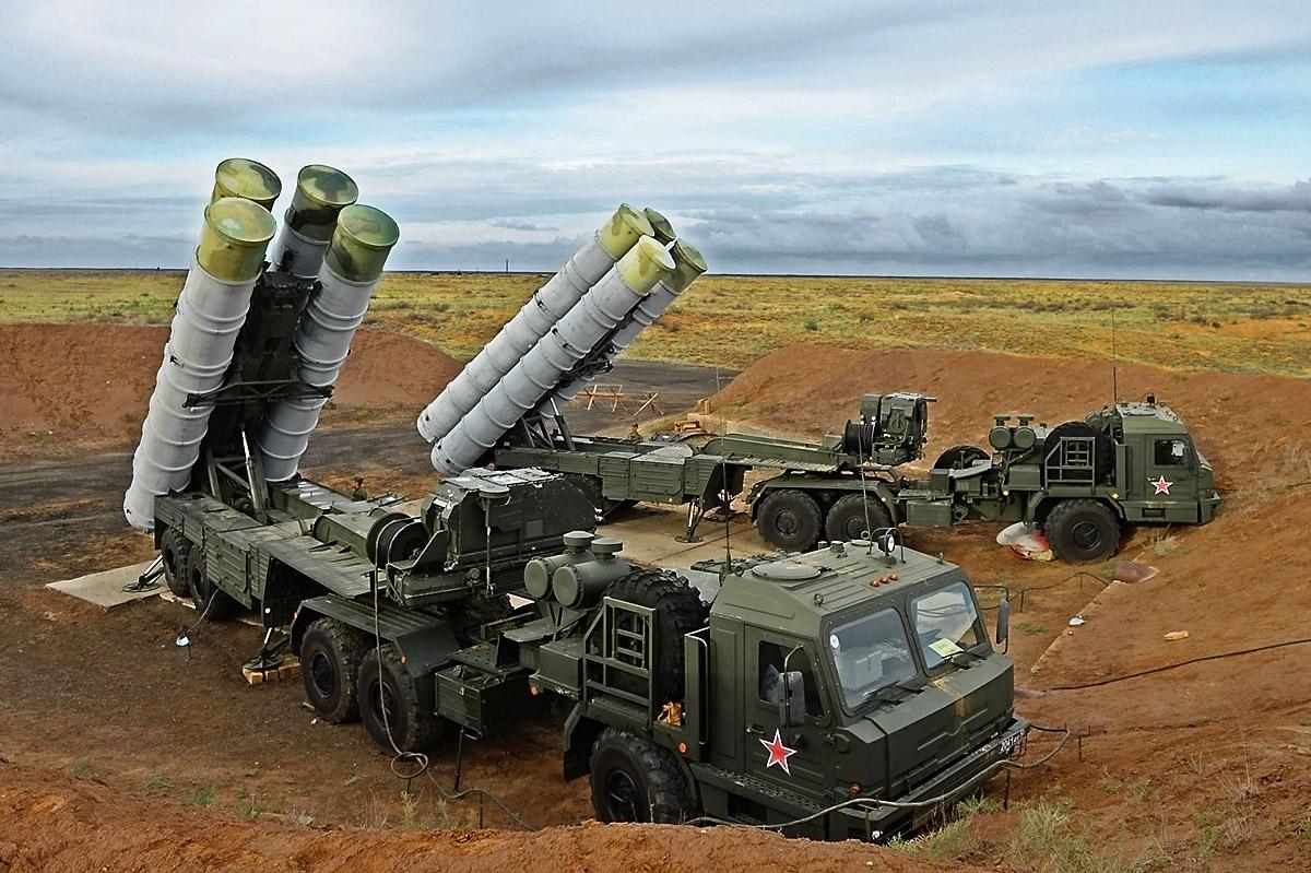 Получат ответный удар: Россия пригрозила применить свои С-400 против США в Сирии