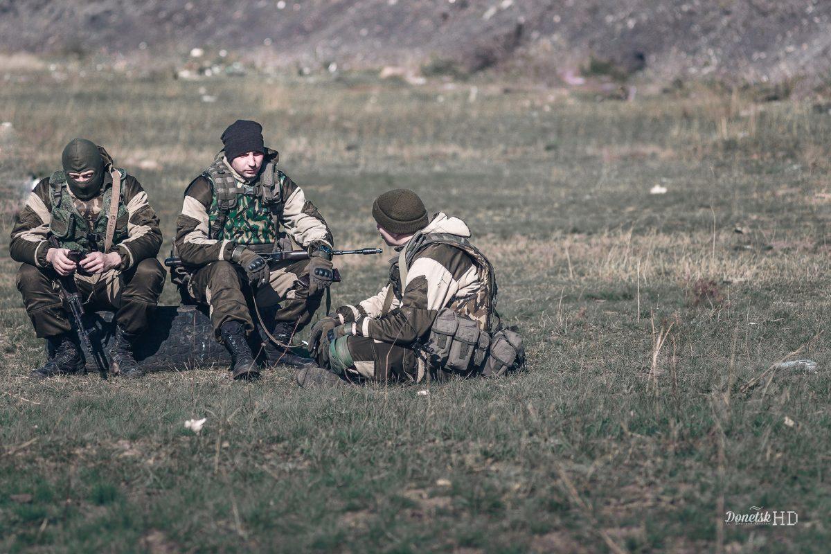 Боевики обстреляли КПВВ «Гнутово» изгранатометов изенитных установок